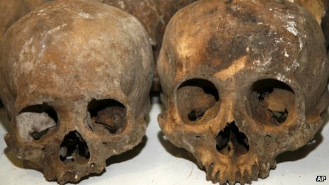 人类学家称,从发现的头盖骨判断,这些人不是因暴力原因死亡。