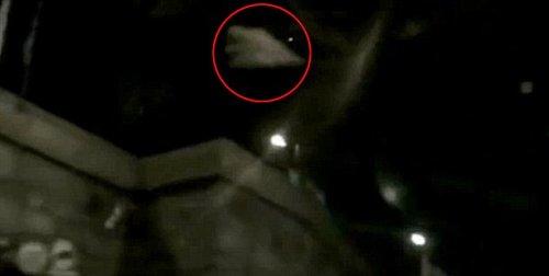 莫斯科红场上空出现神秘三角形UFO(组图)