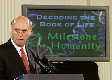 美国塞莱拉基因公司总裁文特尔在白宫东翼的房间宣布完成最初的人类基因组排序