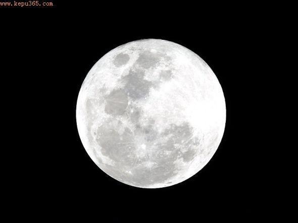 人类历史上的第一次地外采矿活动,可能会从月球上开始,这是由于它含有大量相对比较容易获得的水冰。